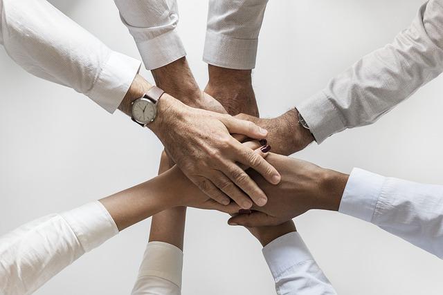 كيفية التعامل مع فريق العمل